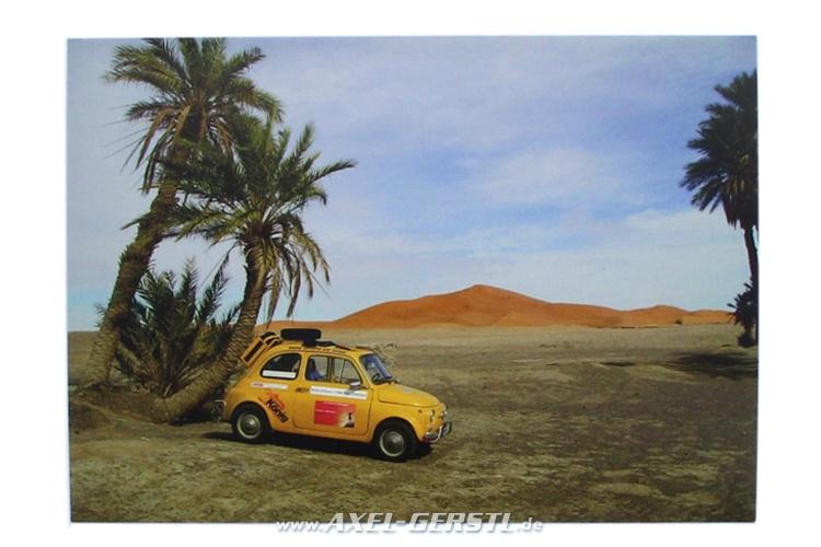 Postcard Fiat 500 in the Sahara (148 x 105 mm)