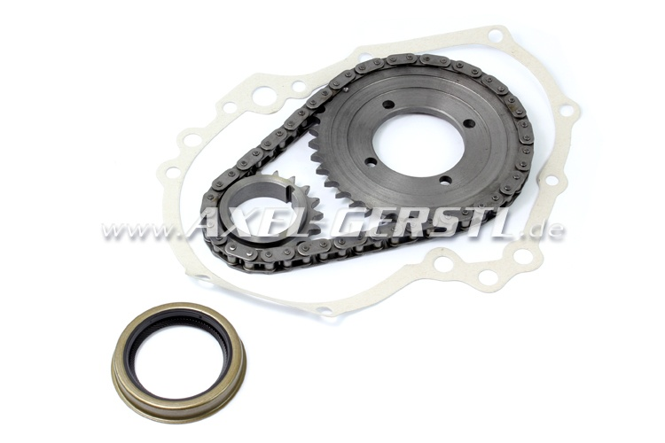 Timing chain gear set with radial shaft seal and gasket