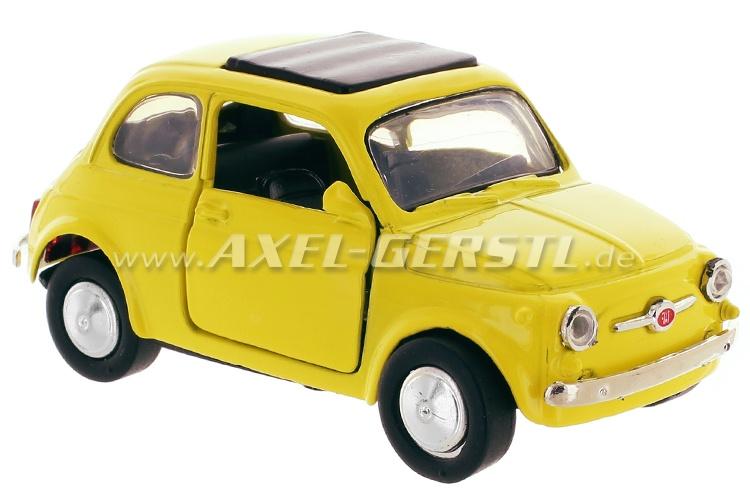 Modellauto Fiat 500 F, gelb, 1:32; Spritzguss / Plastik