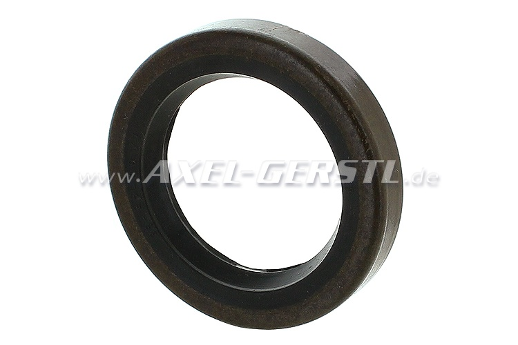 Radial shaft seal for front wheel