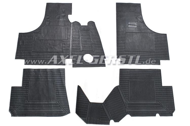 Set of rubber mats (protect-mats) 4-pieces, black