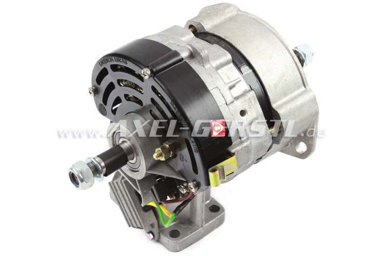 Alternator (three-phase) with built-in regulator NEW