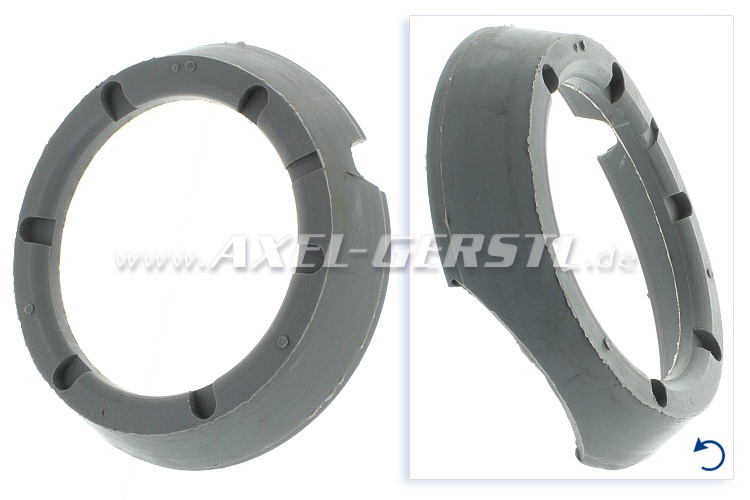 Rubber seat ring for horn