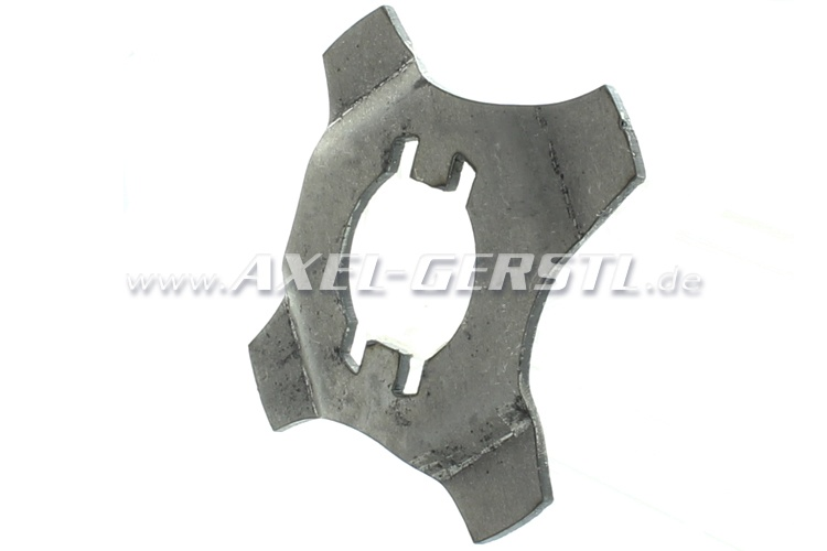 Safety plate for rear axle stub nut